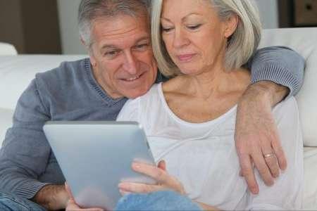 Ehepaar erstellt Patientenverfügung online