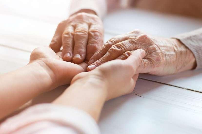 Seniorenhände Betreuungsfall