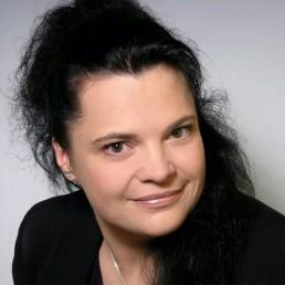 Madlen Hinkel-Schmidt